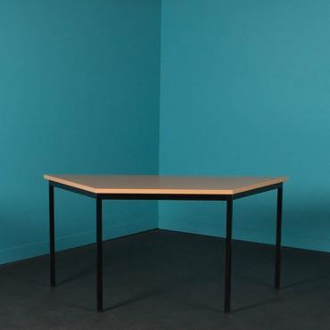 Table de bureau 4 pieds trapézoidale - L.120xP.60cm