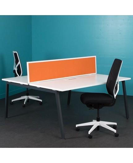 Cloison s paratrice de bureau en tissus contour m tallique for Cloison separatrice bureau